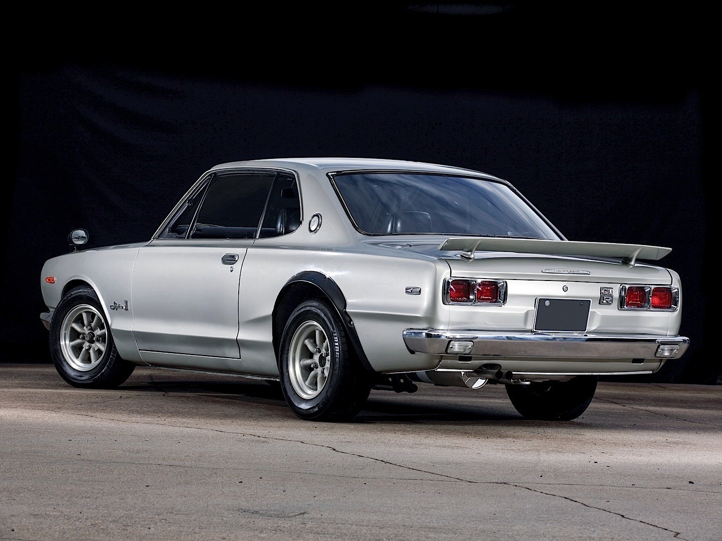 NISSAN Skyline GT-R (KPGC-10) specs & photos - 1971, 1972 ...