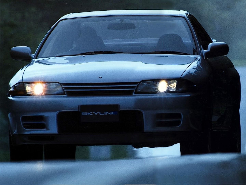 NISSAN Skyline GT-R (R32) specs & photos - 1989, 1990 ...