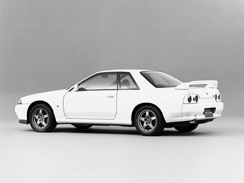 Led Headlights For Cars >> NISSAN Skyline GT-R (R32) specs & photos - 1989, 1990 ...
