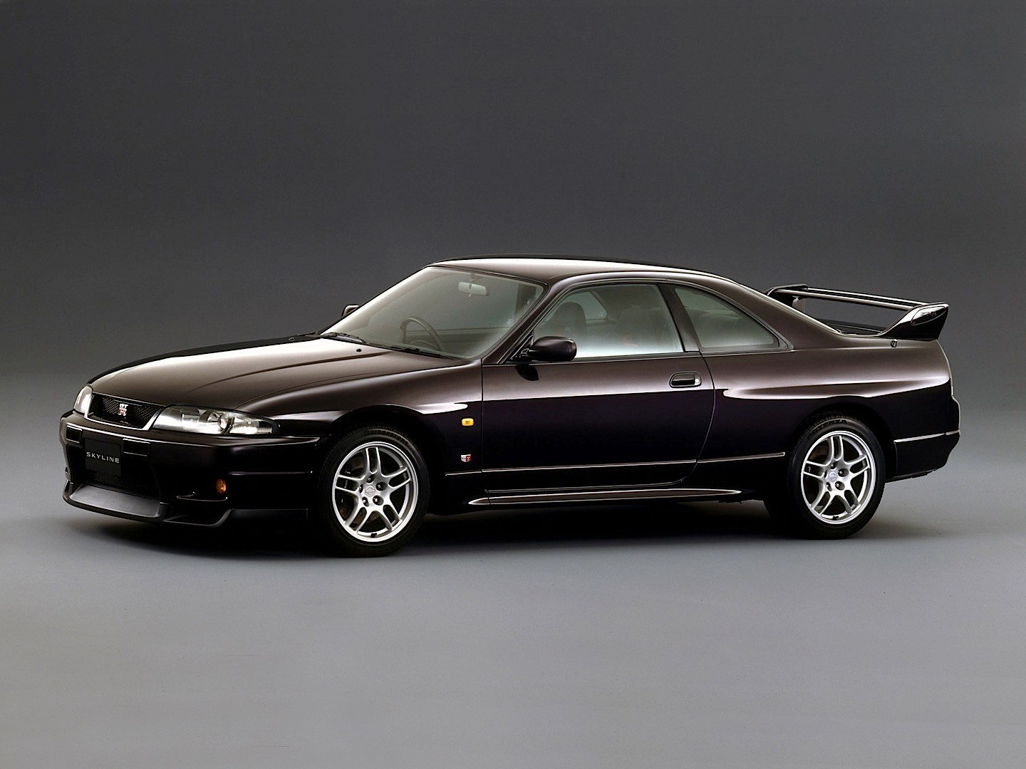 NISSAN Skyline GT-R (R33) specs & photos - 1995, 1996 ...