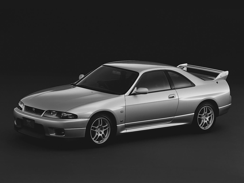 Nissan Skyline Gt R R33 Specs Amp Photos 1995 1996