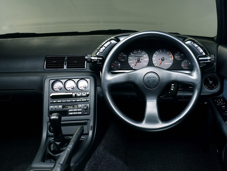 NISSAN Skyline GT-R V-Spec (R32) specs - 1993, 1994 - autoevolution