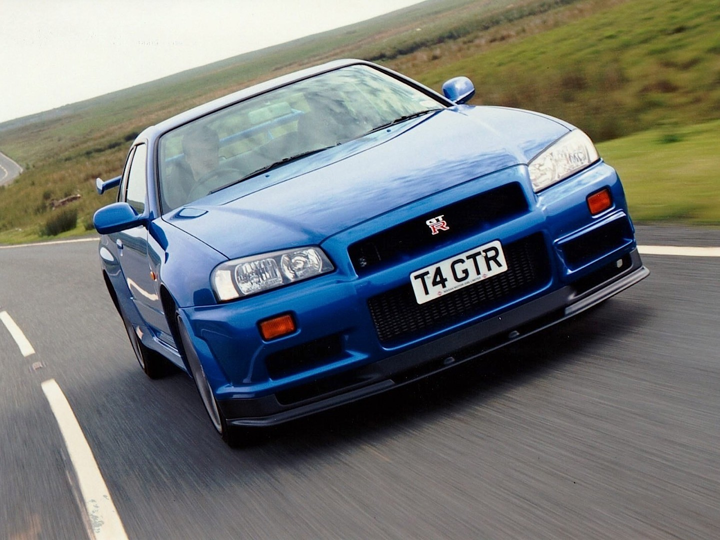 nissan skyline gt r v spec r34 specs 1999 2000 2001 2002 autoevolution. Black Bedroom Furniture Sets. Home Design Ideas
