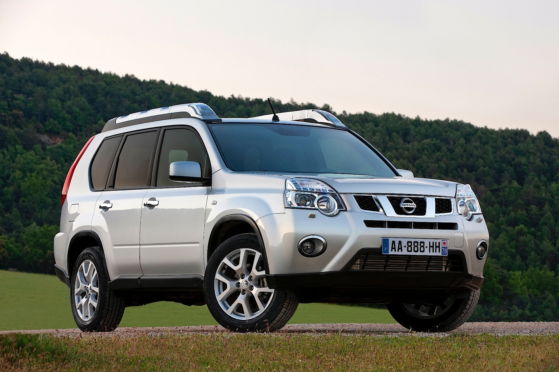 NISSAN X-Trail specs & photos - 2007, 2008, 2009, 2010 ...