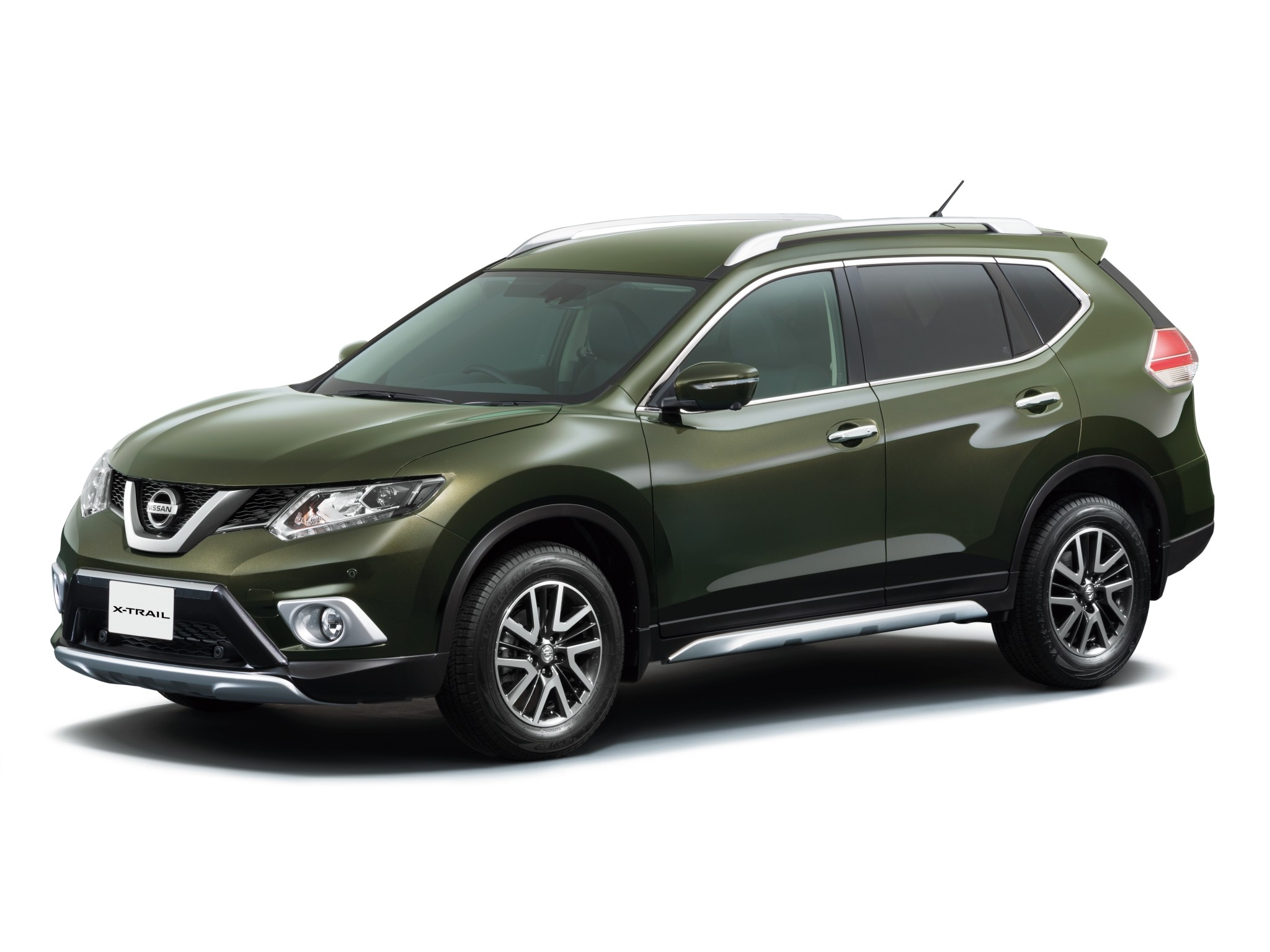 nissan x trail 2014 2015 2016 autoevolution. Black Bedroom Furniture Sets. Home Design Ideas