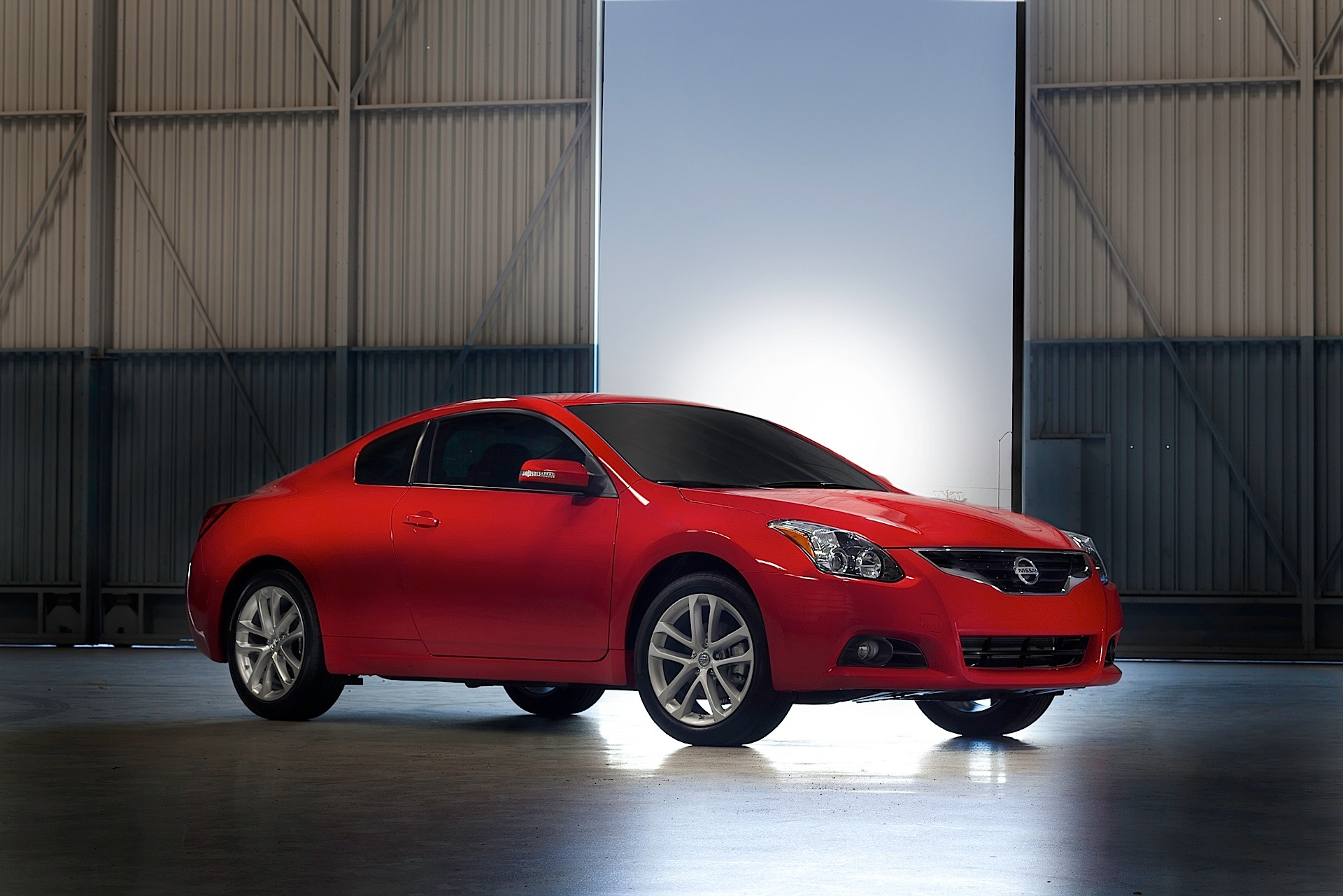 nissan altima coupe specs photos 2012 2013 2014. Black Bedroom Furniture Sets. Home Design Ideas