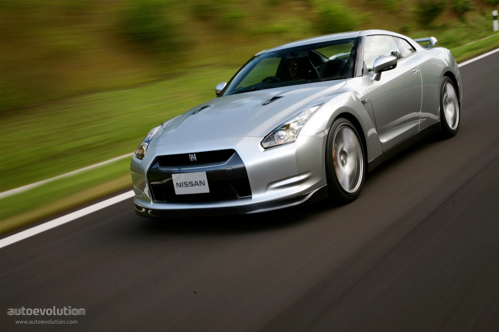 NISSAN GT-R (R35) specs & photos - 2007, 2008, 2009, 2010 ...