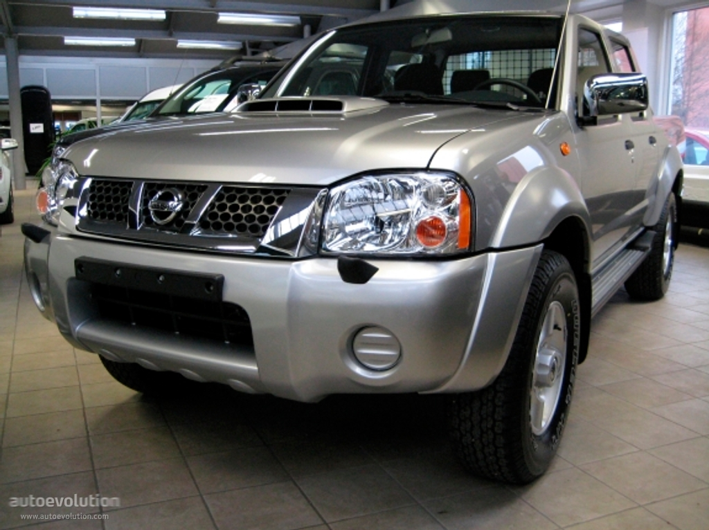 Nissan Np300 Pickup Double Cab 2008 2009 2010 2011