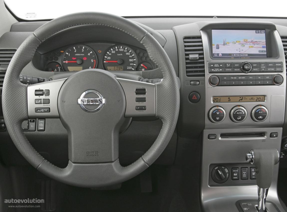 NISSAN Navara / Frontier Double Cab - 2005, 2006, 2007 ...