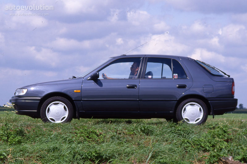 Nissan Sunny Hatchback Specs 1993 1994 1995