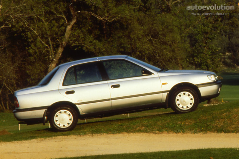 nissan sunny sedan specs photos 1993 1994 1995. Black Bedroom Furniture Sets. Home Design Ideas