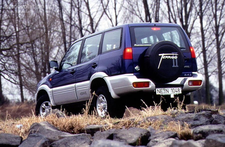 NISSAN Terrano II 5 Doors specs & photos - 1996, 1997 ...
