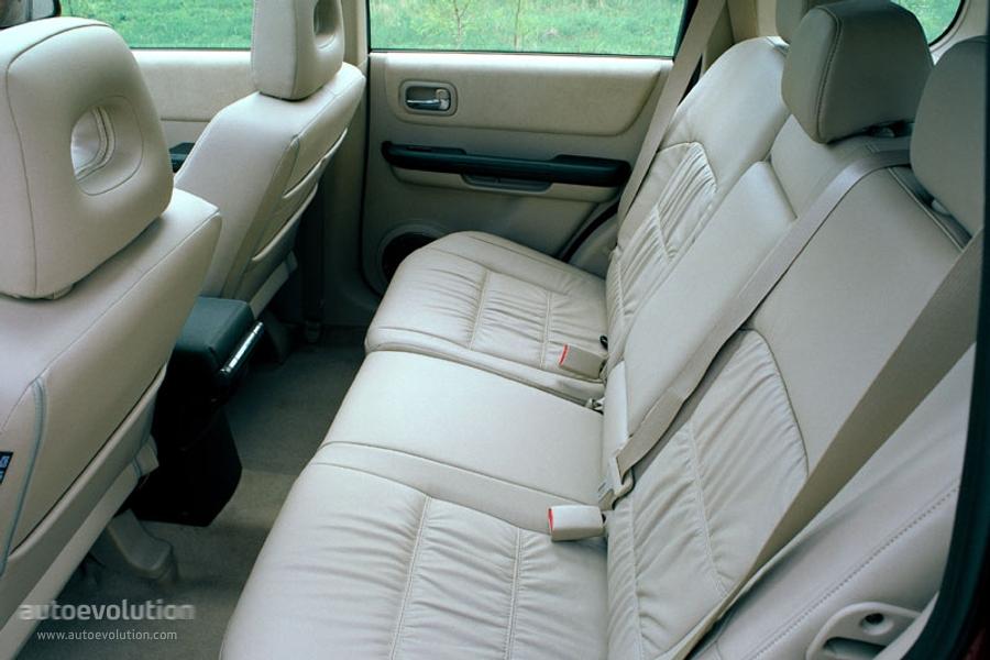 Nissan X Trail Specs Amp Photos 2001 2002 2003