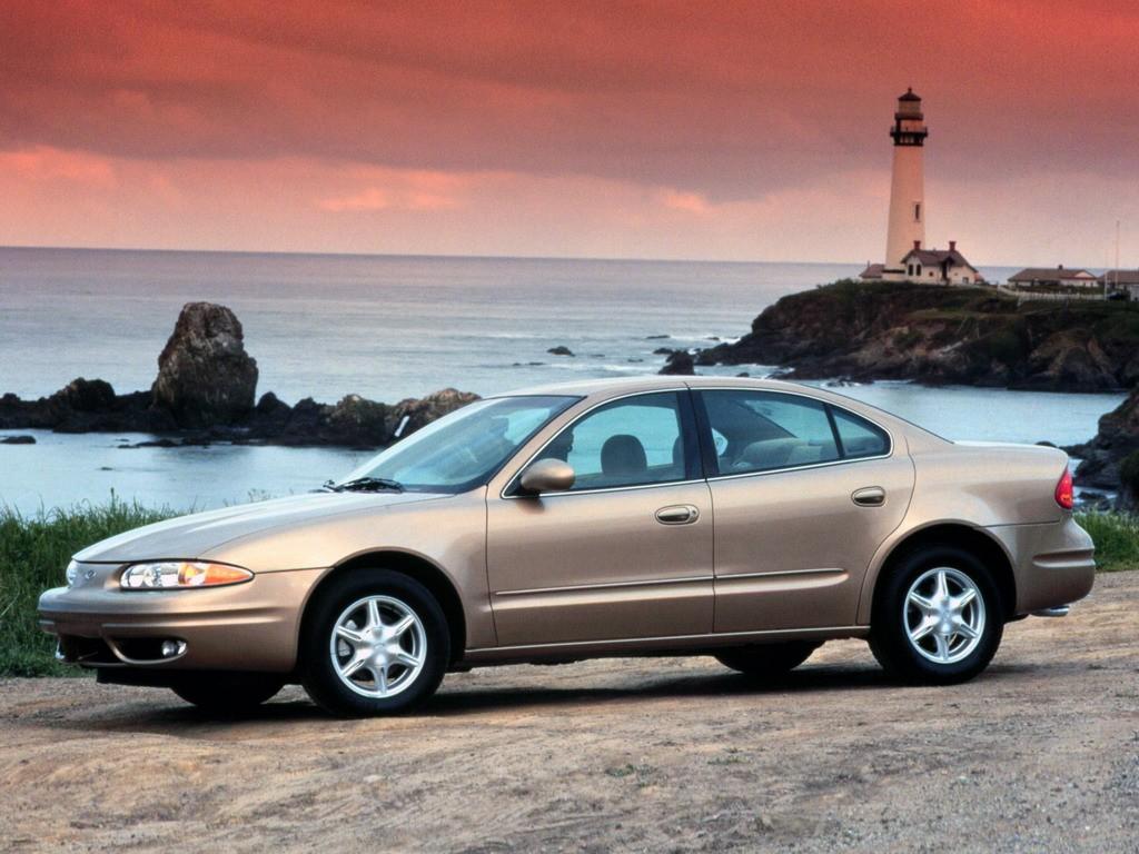Oldsmobile Alero Sedan 1999 2004