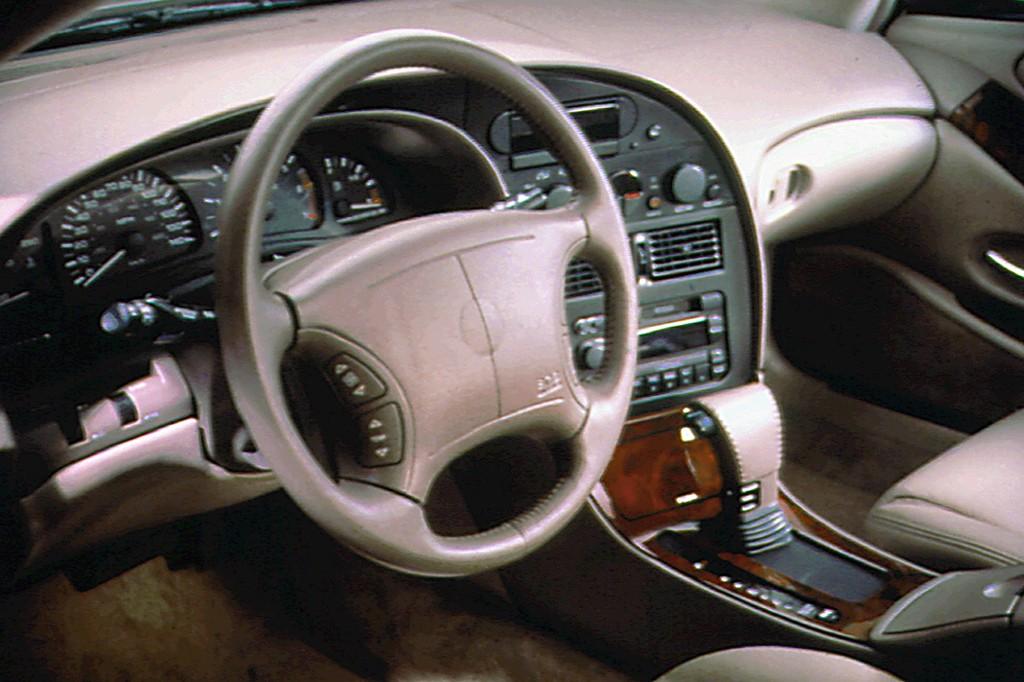 Oldsmobile Aurora 1994 1999