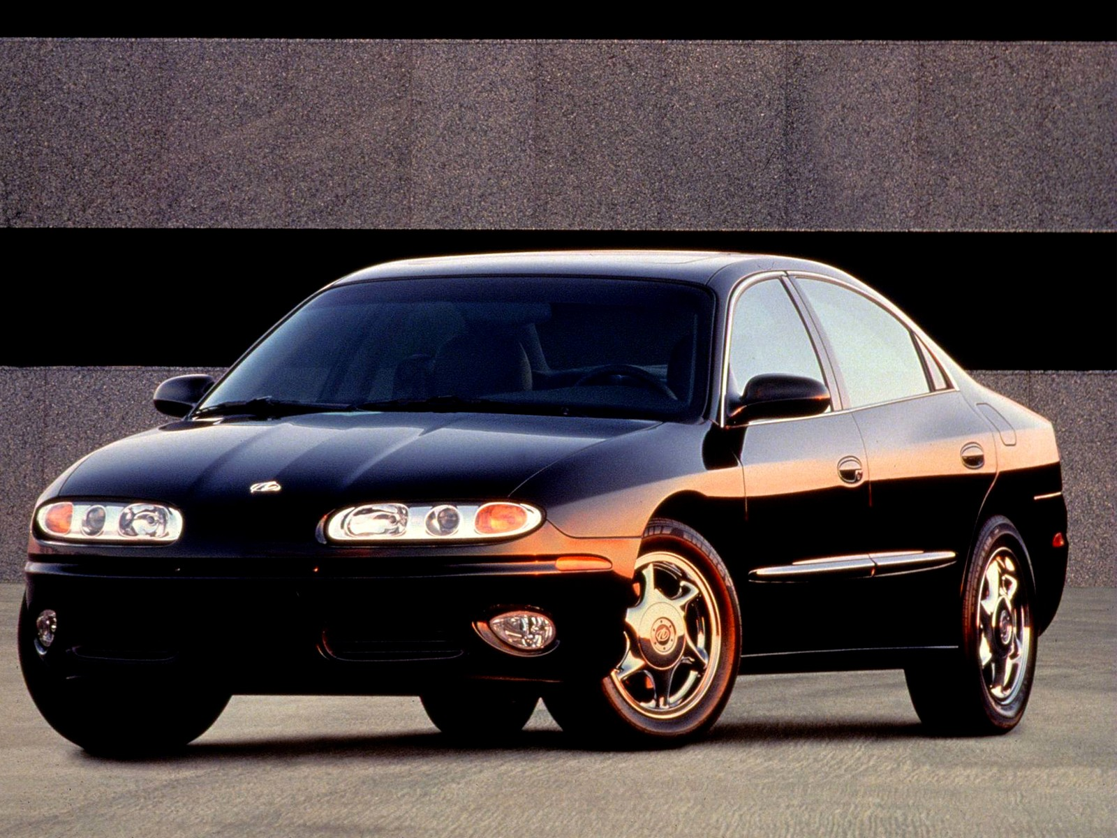 Green Buick Gmc >> OLDSMOBILE Aurora - 2000, 2001, 2002, 2003 - autoevolution