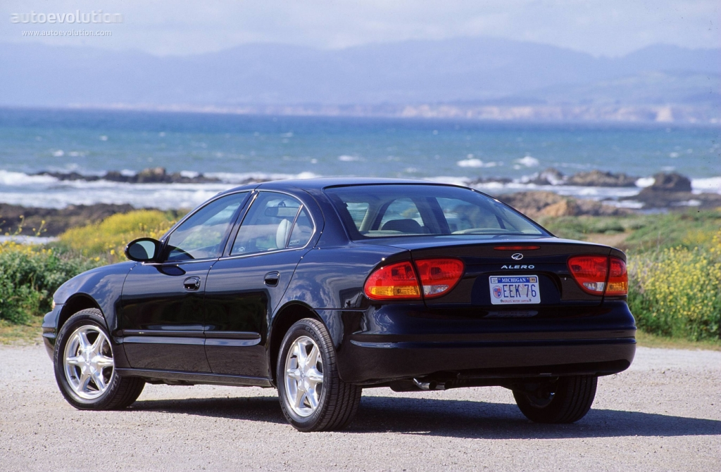 Oldsmobilealerosedan on 2000 Oldsmobile Alero