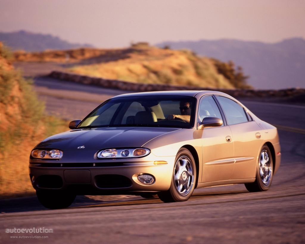 Oldsmobile Aurora Specs Amp Photos 2000 2001 2002 2003