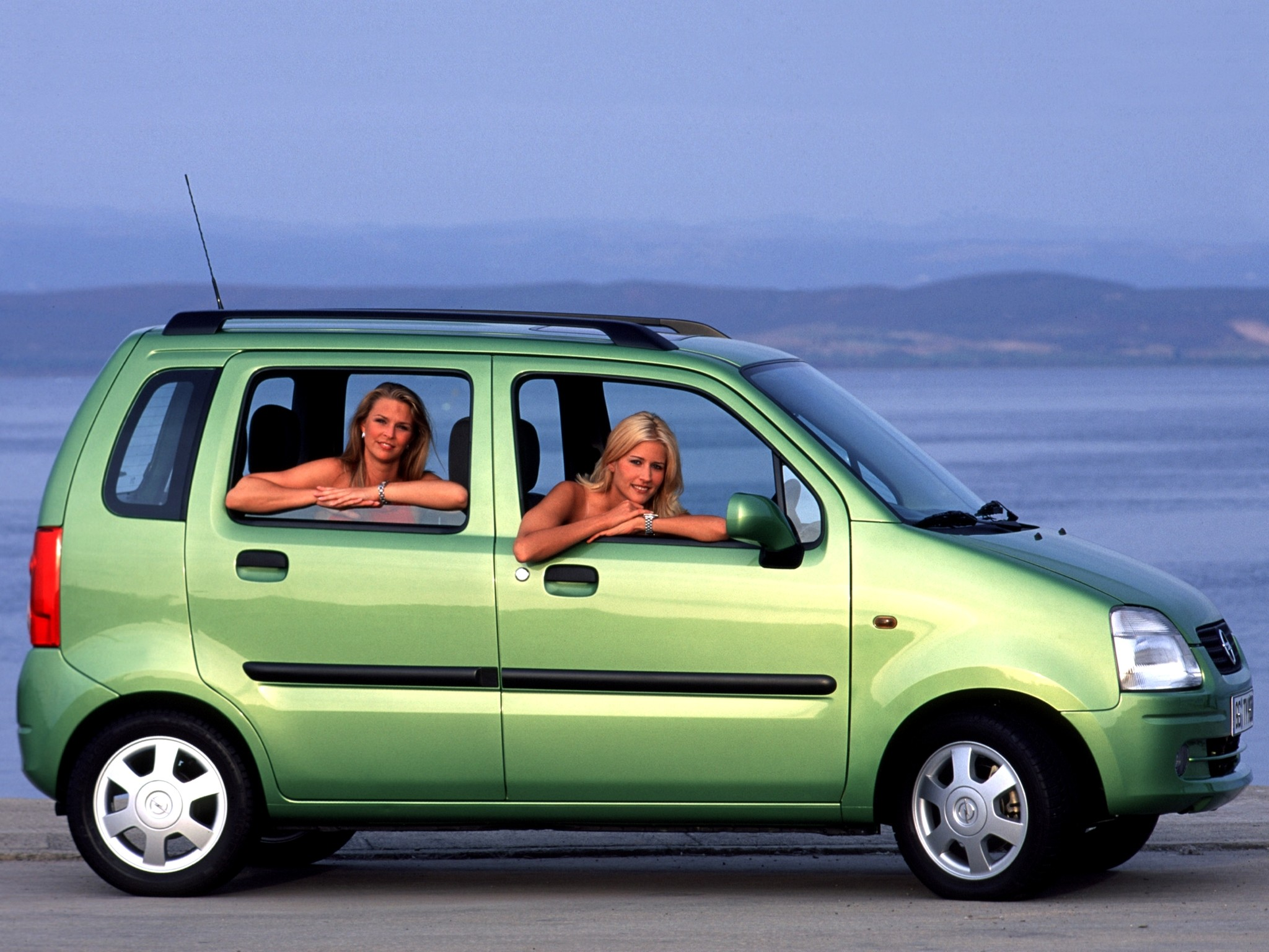 opel agila specs photos 2000 2001 2002 2003 autoevolution. Black Bedroom Furniture Sets. Home Design Ideas