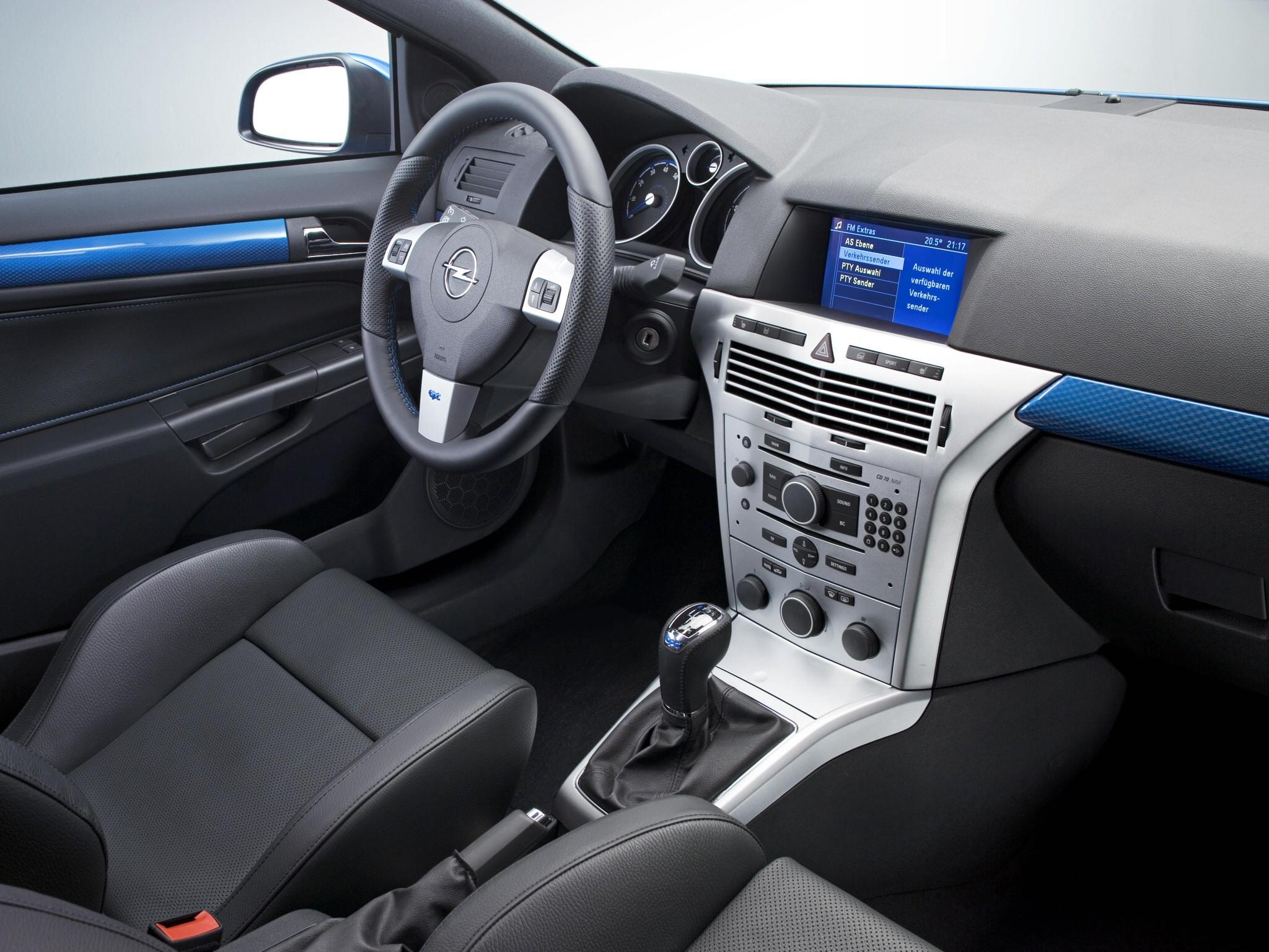 Opel Astra 3 Doors Gtc Opc 2005 2009