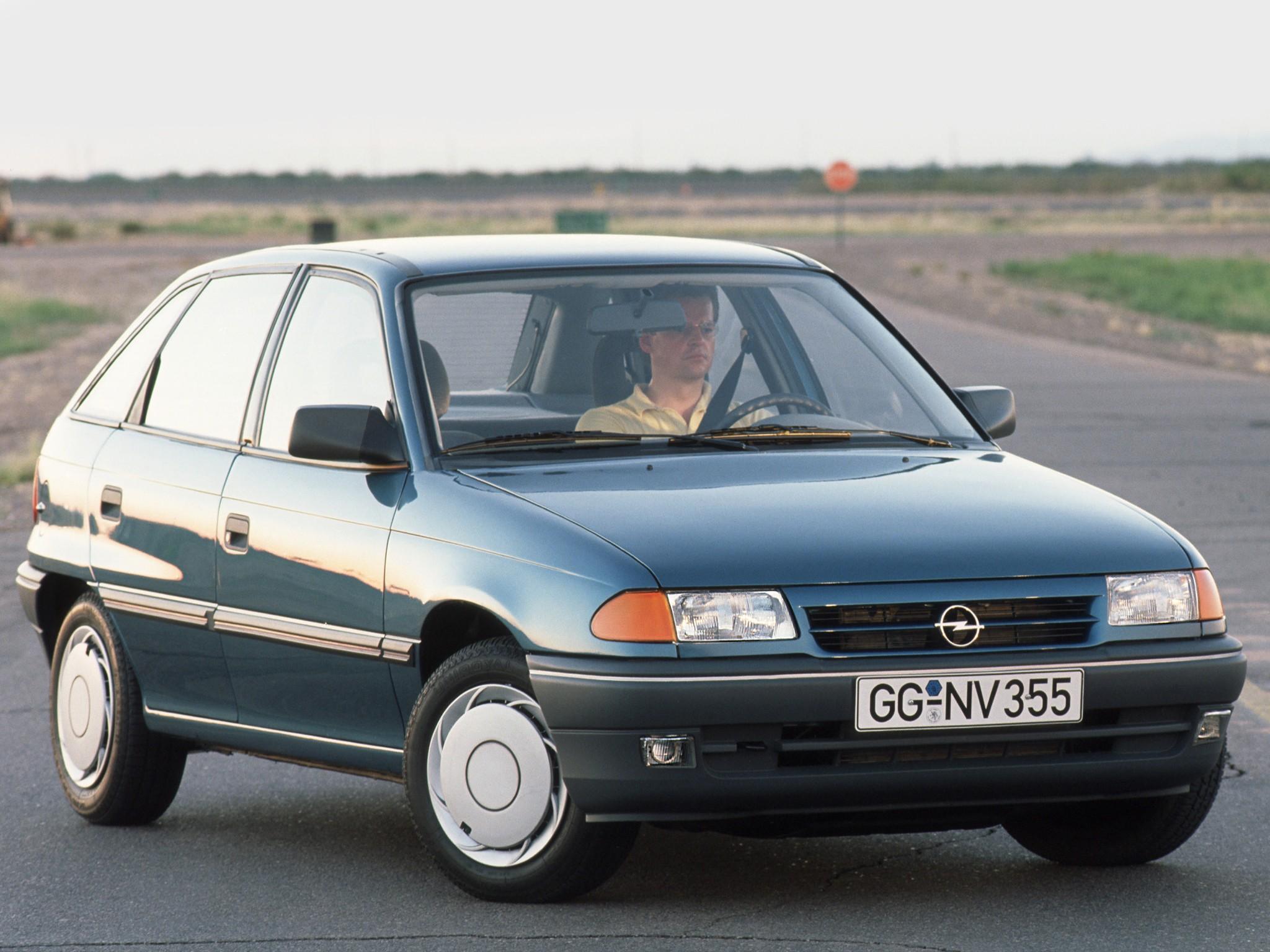 opel astra 5 doors specs 1991 1992 1993 1994 autoevolution. Black Bedroom Furniture Sets. Home Design Ideas