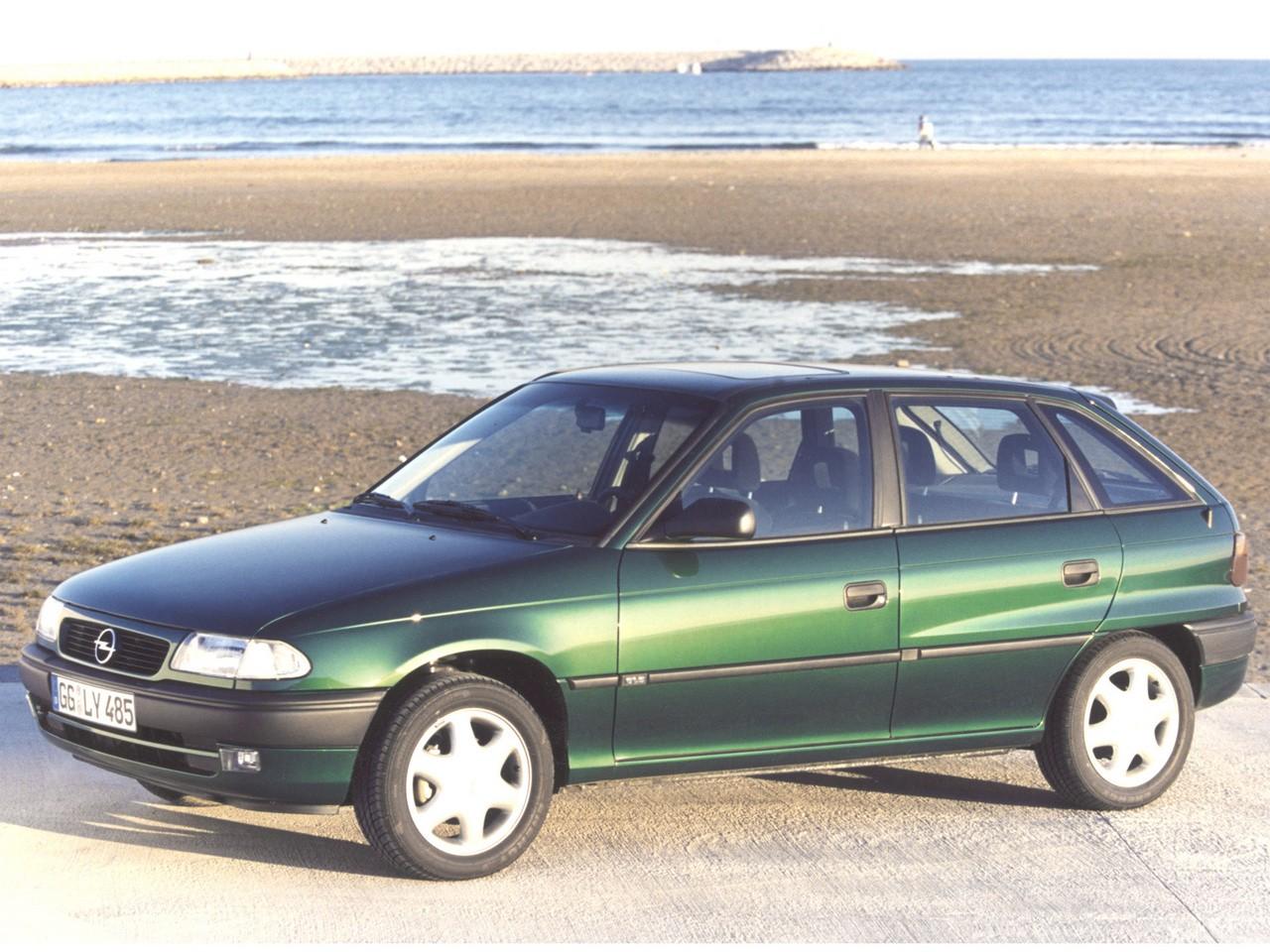 opel astra 5 doors specs photos 1994 1995 1996 1997 1998 autoevolution. Black Bedroom Furniture Sets. Home Design Ideas