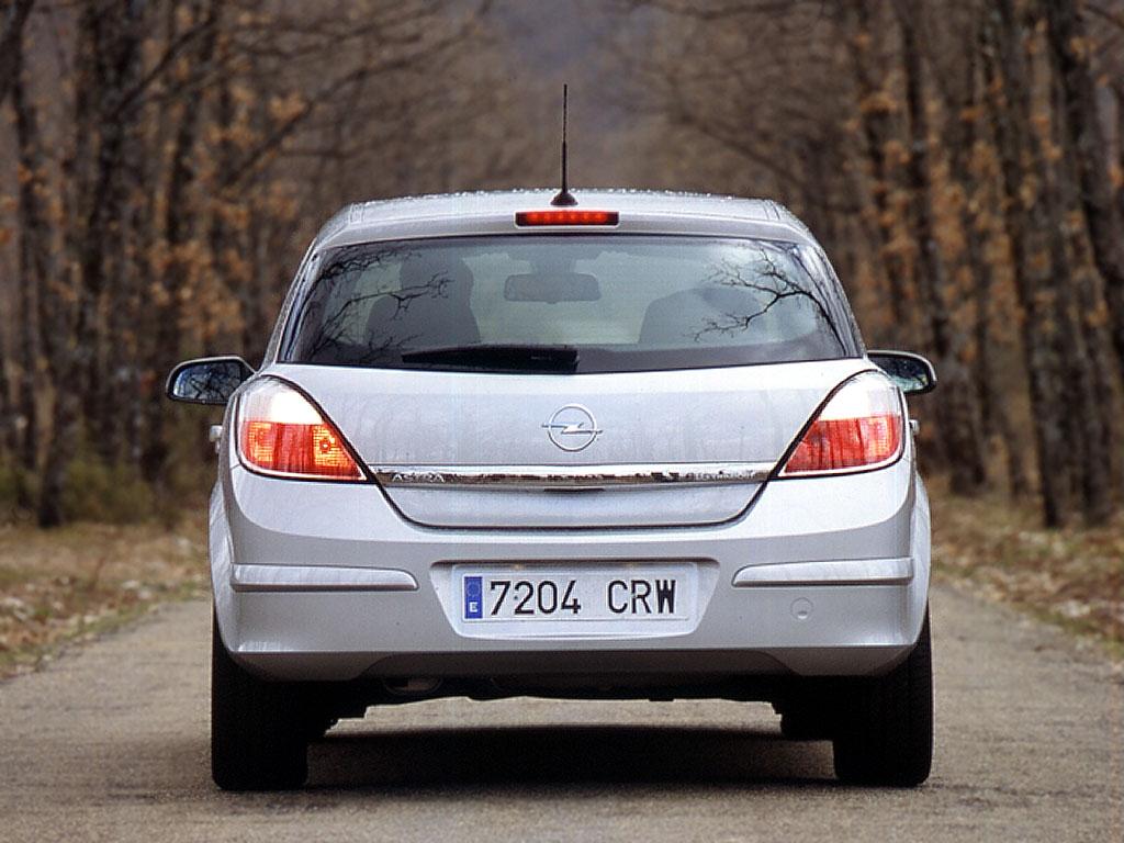 The blueprints com vector drawing opel astra k 5 door - Opel Astra 5 Doors Specs 2004 2005 2006 2007 Autoevolution Opel Astra 5 Doors 2004 2007