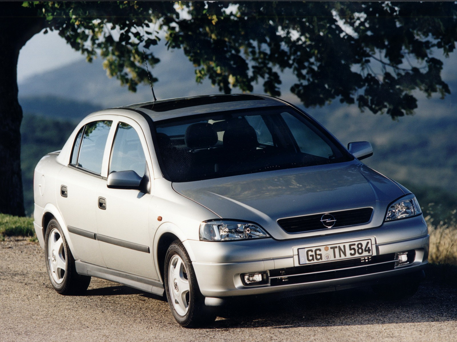Opel Astra - opel astra sw benzina usate - Mitula Auto