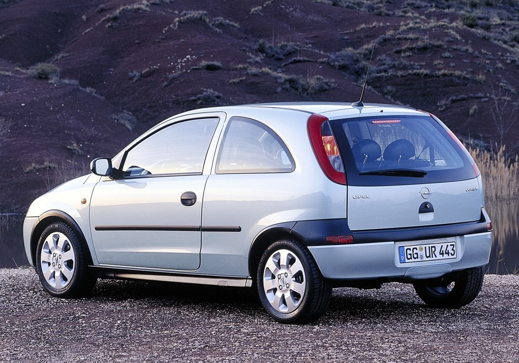 opel corsa 3 doors specs photos 2000 2001 2002 2003 autoevolution. Black Bedroom Furniture Sets. Home Design Ideas