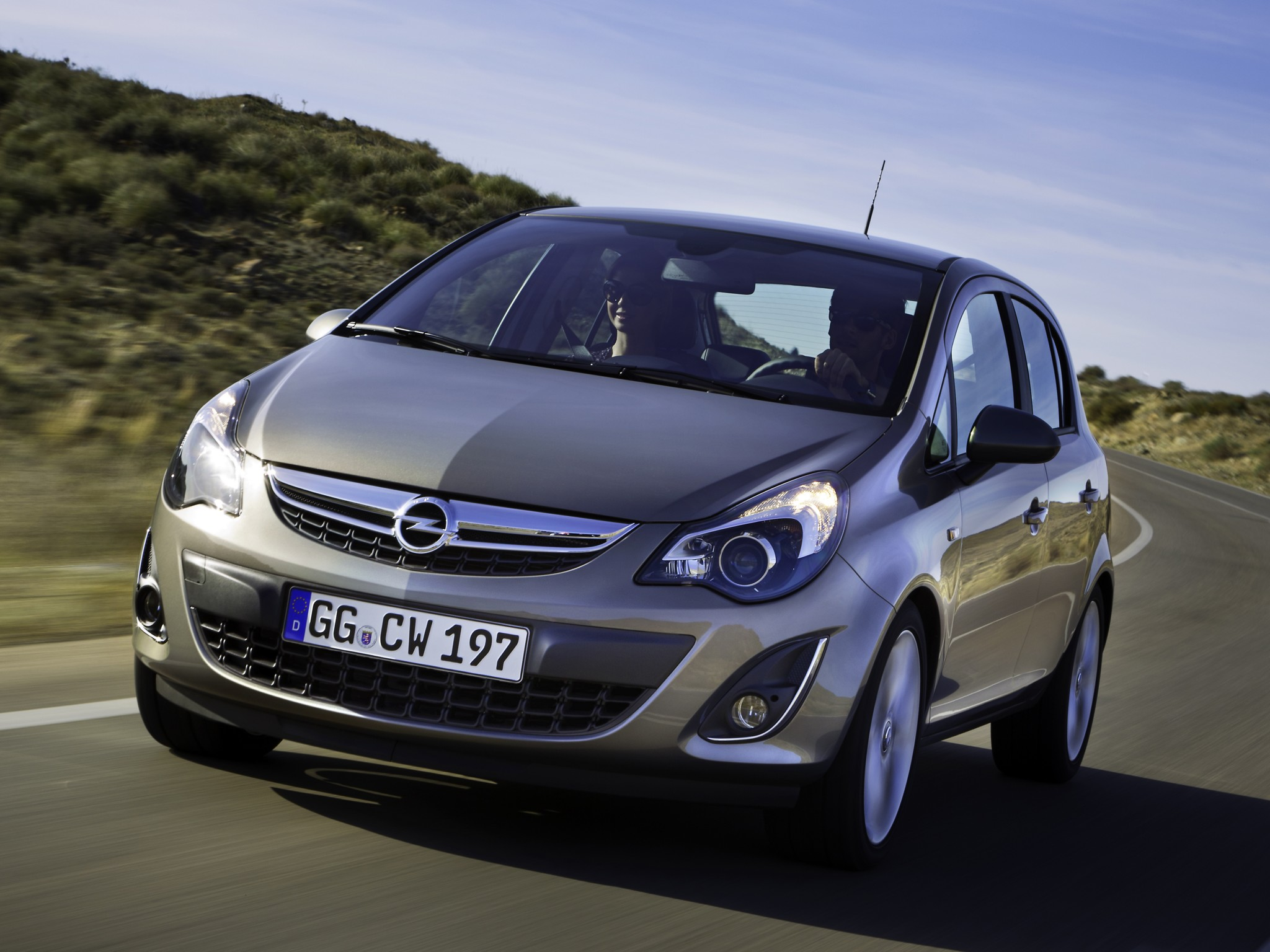 OPEL Corsa 5 Doors specs & photos - 2010, 2011, 2012, 2013, 2014, 2015, 2016, 2017, 2018, 2019 ...