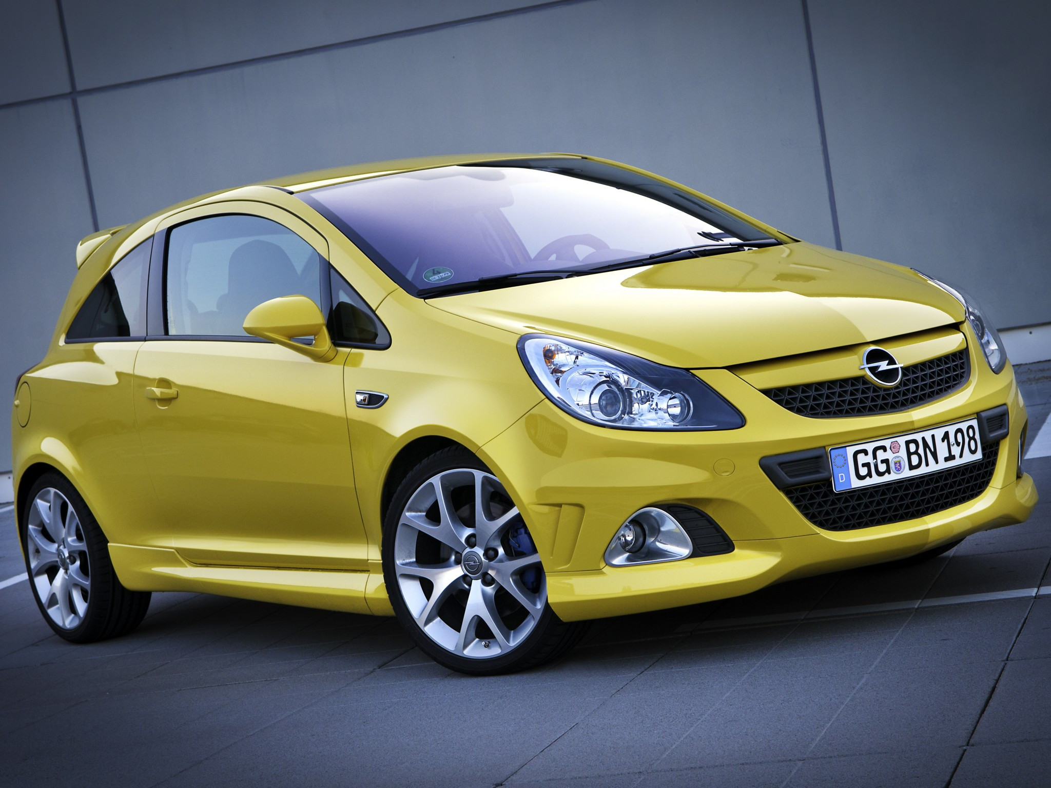 Isfvjiim additionally Opelantara furthermore B Iwrxfx additionally Opel Corsa Opc together with Opel Vectra Main. on opel 2 liter engine sales