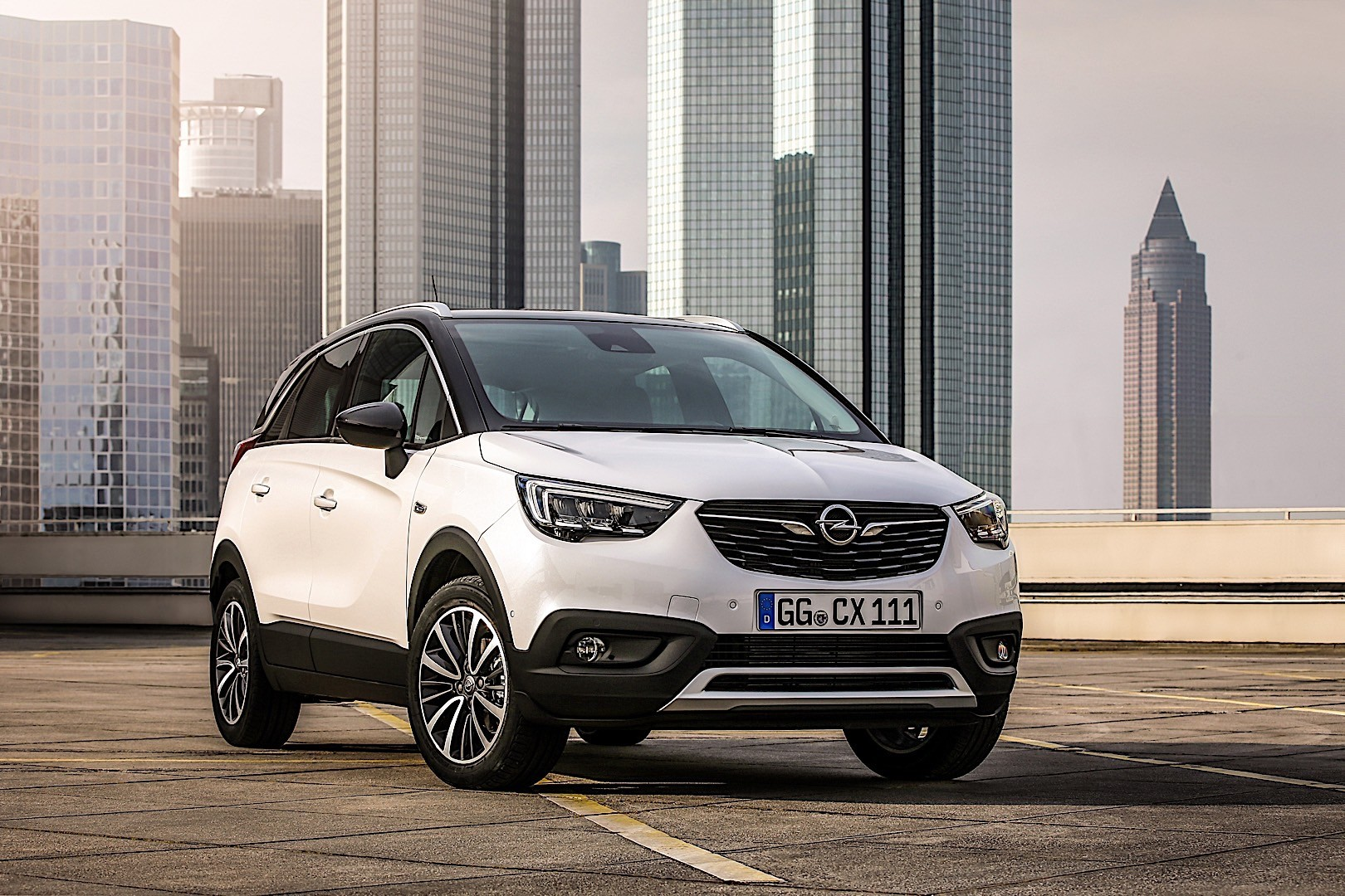 opel crossland x specs photos 2017 2018 2019 autoevolution. Black Bedroom Furniture Sets. Home Design Ideas