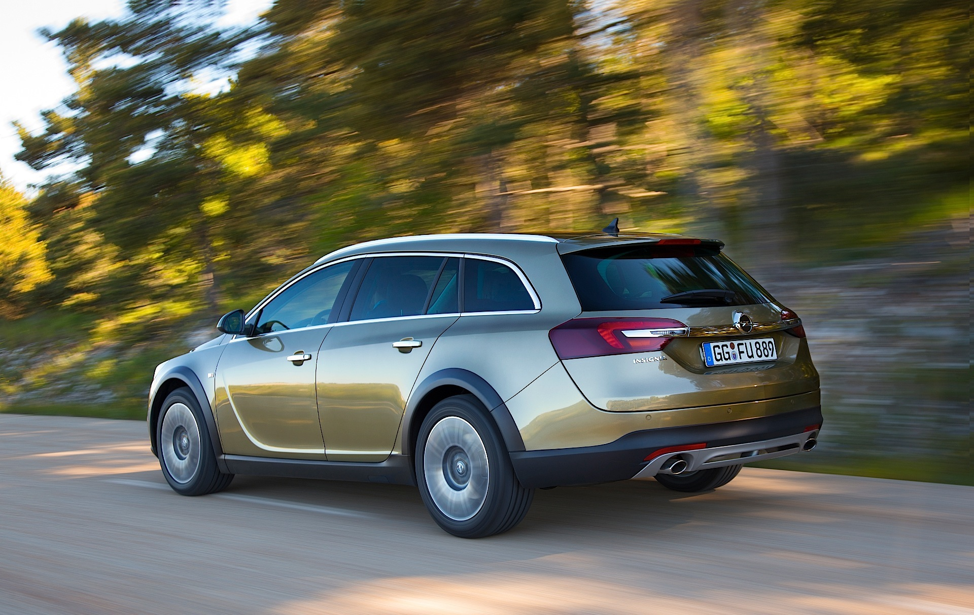 opel insignia country tourer 2013 2014 2015 2016. Black Bedroom Furniture Sets. Home Design Ideas