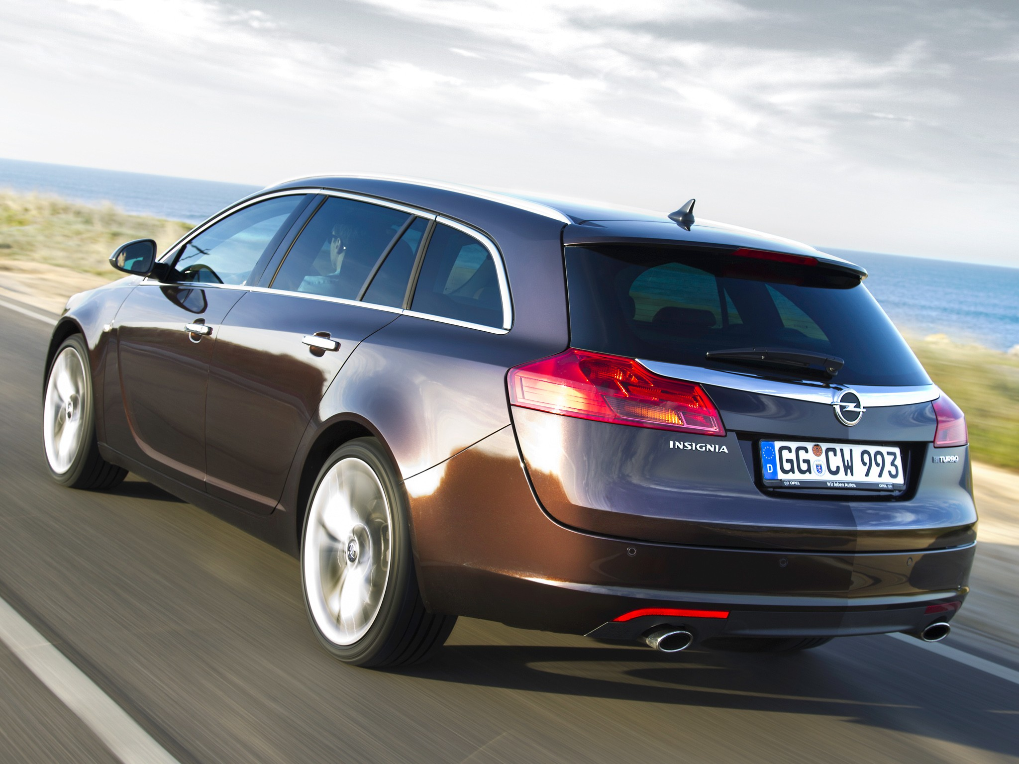opel insignia sports tourer specs 2009 2010 2011 2012. Black Bedroom Furniture Sets. Home Design Ideas
