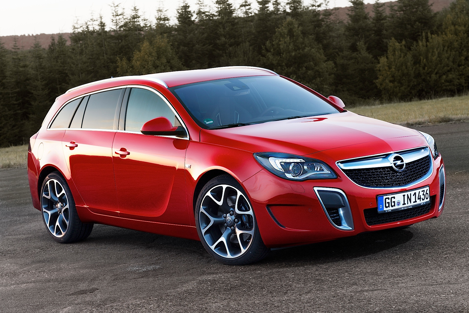 Opel Insignia Sports Tourer Opc Specs Photos 2013 2014 2015 2016 2017 Autoevolution