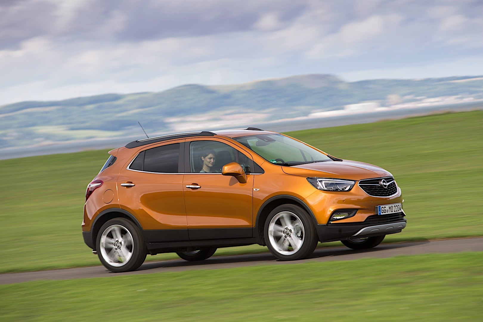 OPEL Mokka X specs & photos - 2016, 2017, 2018 - autoevolution