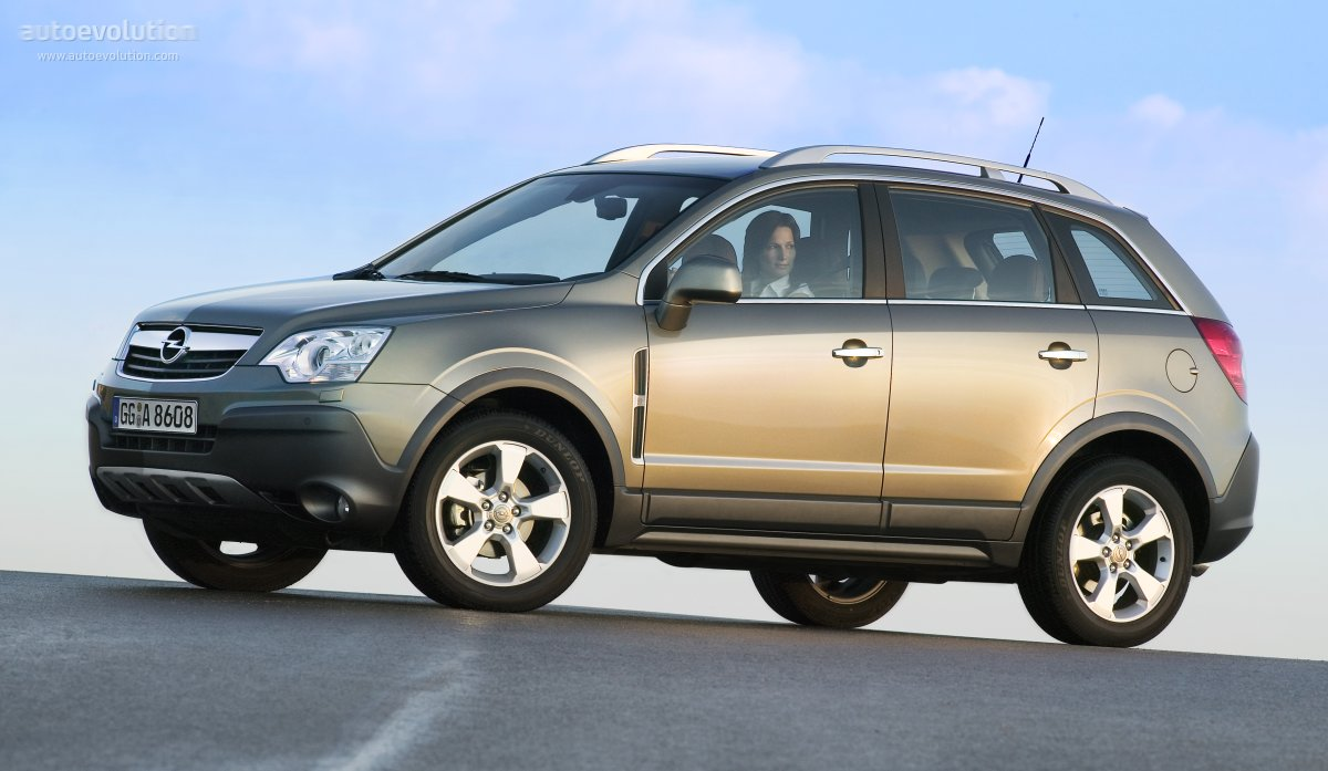 2010 Opel Antara photo - 1