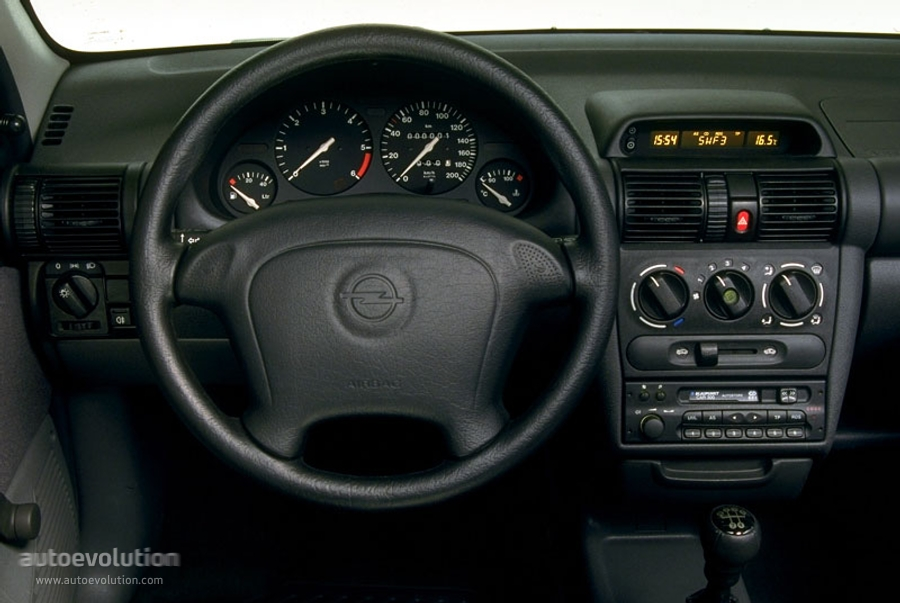 opel corsa 5 doors specs 1997 1998 1999 2000 autoevolution. Black Bedroom Furniture Sets. Home Design Ideas