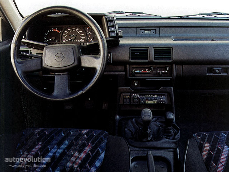 Opel Frontera Sport Specs  U0026 Photos