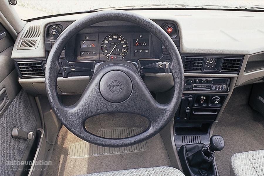 Astra F Gsi Interior >> OPEL Kadett 3 Doors specs - 1984, 1985, 1986, 1987, 1988, 1989, 1990, 1991 - autoevolution