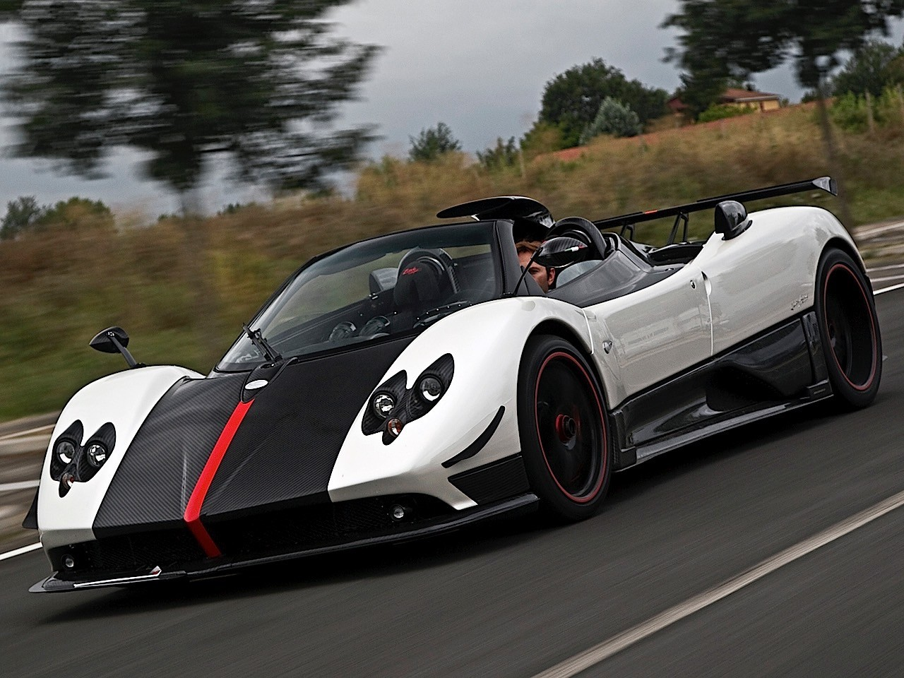 pagani zonda cinque roadster 2009 2010 autoevolution. Black Bedroom Furniture Sets. Home Design Ideas