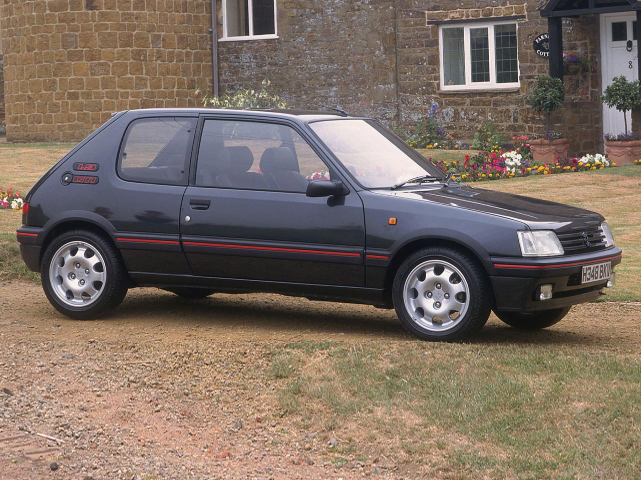 peugeot 205 gti specs photos 1984 1985 1986 1987 1988 1989 1990 1991 1992 1993. Black Bedroom Furniture Sets. Home Design Ideas
