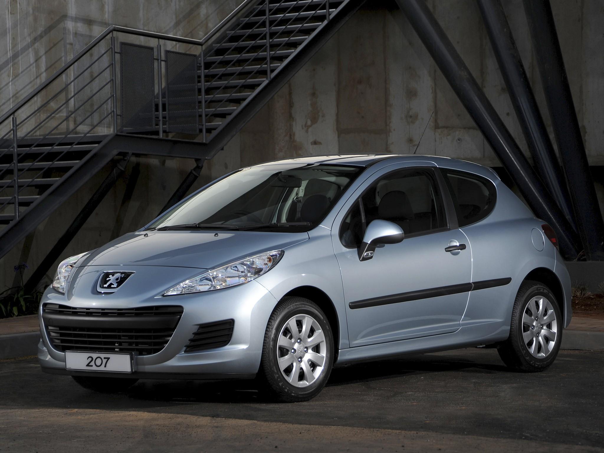 Peugeot 207 Cabrio ab 02.07 Autoteppich Kofferraummatte Velours Premium Qualität