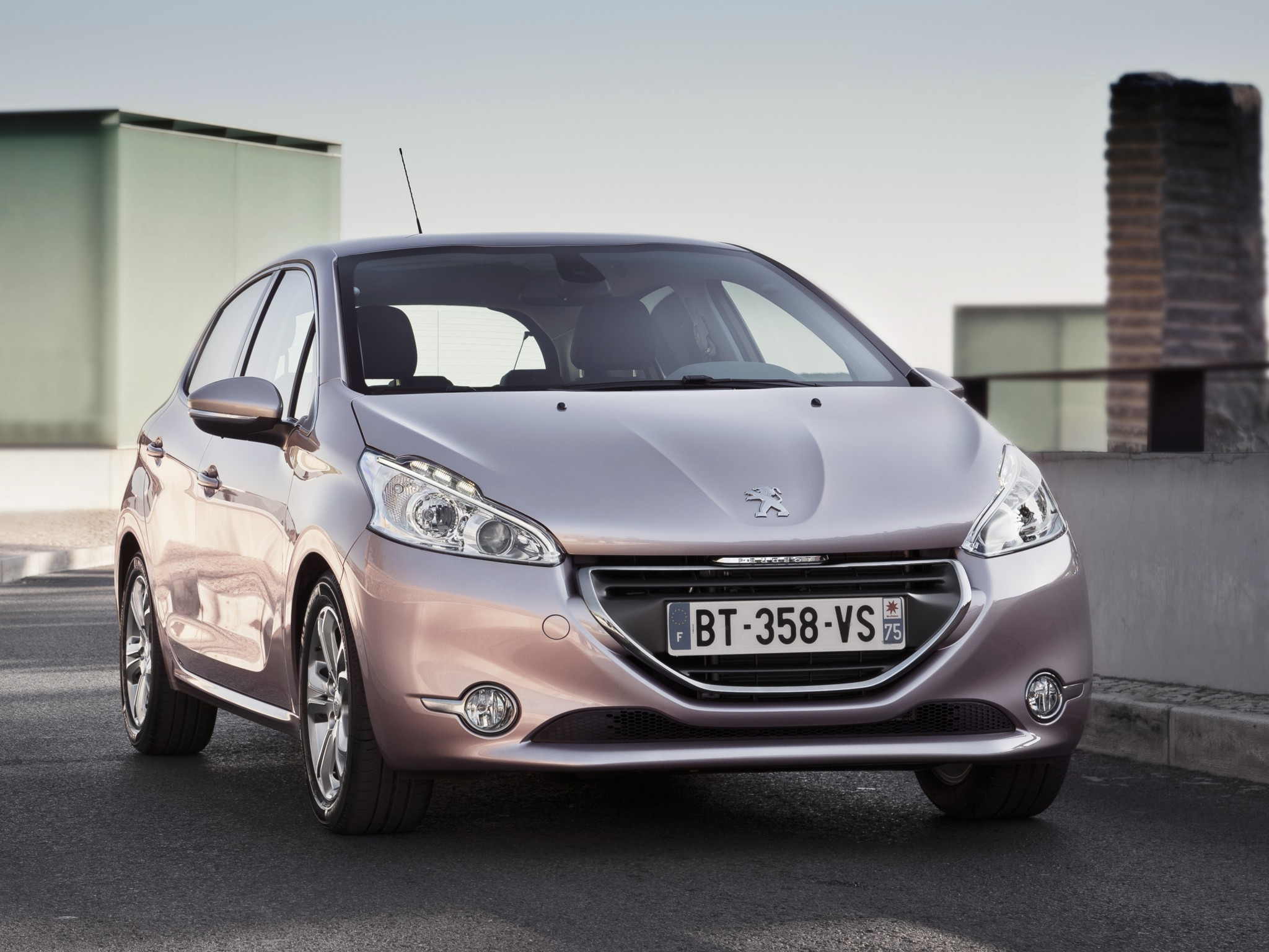peugeot 208 5 doors specs 2012 2013 2014 2015 2016 2017 2018 autoevolution. Black Bedroom Furniture Sets. Home Design Ideas