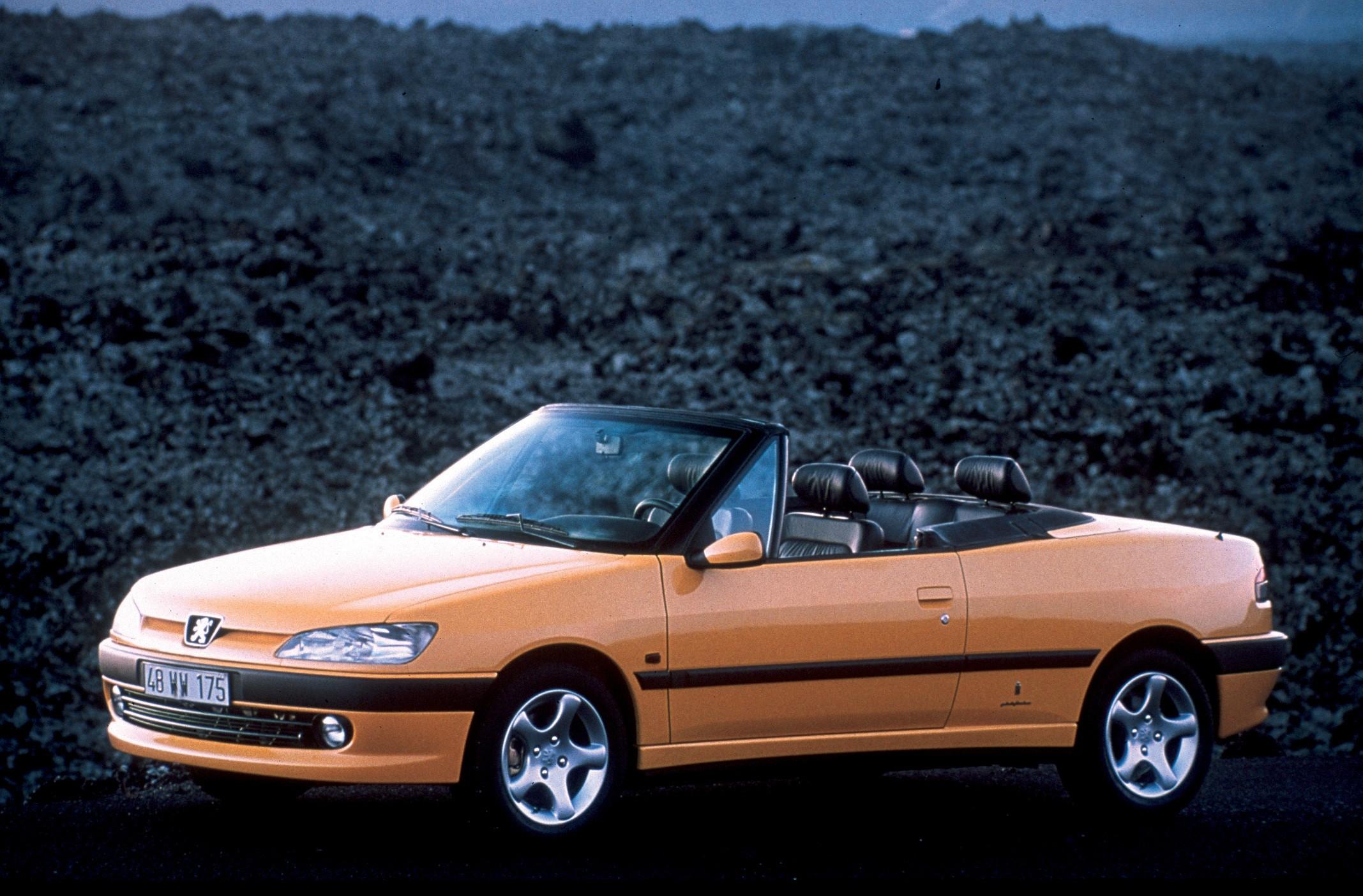 Peugeot 306 Cabriolet Specs Amp Photos 1997 1998 1999
