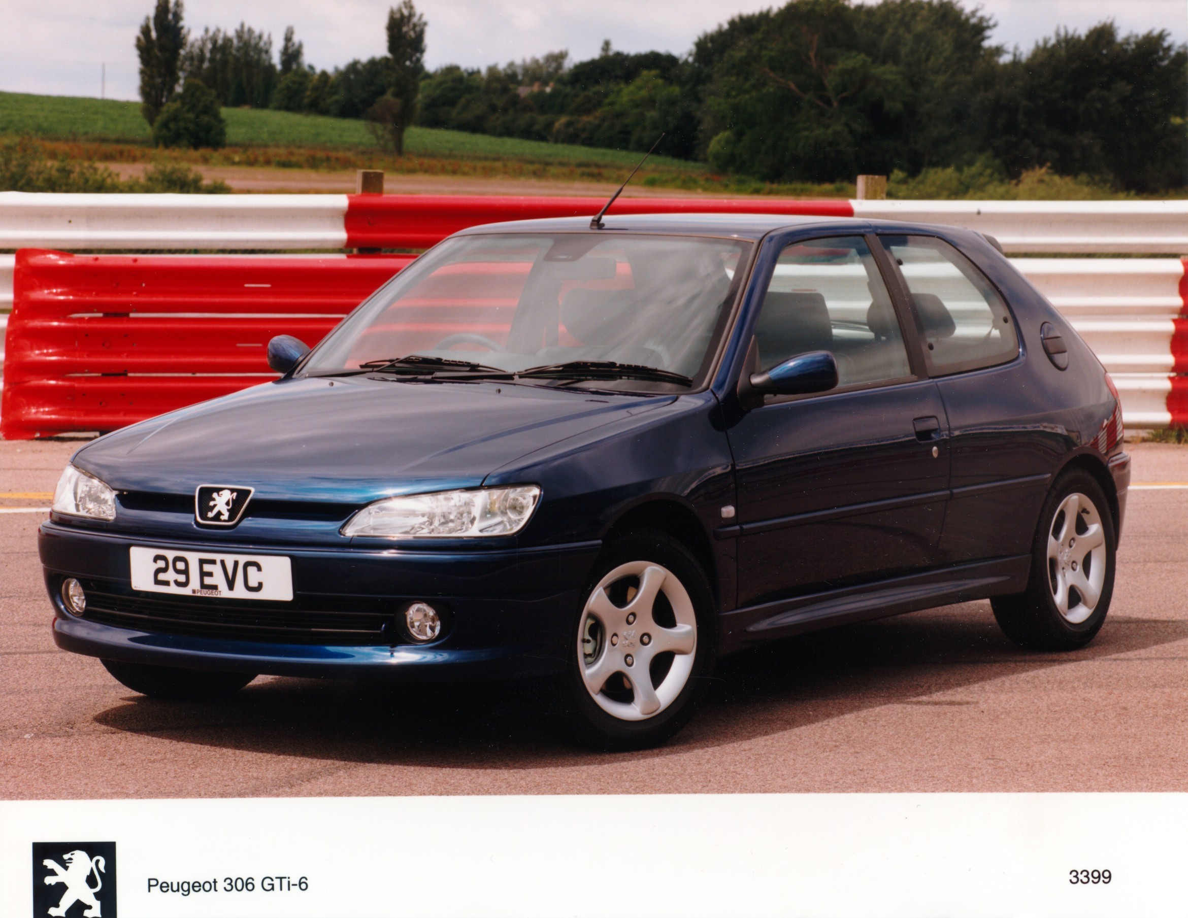 peugeot 306 gti 6 specs 1996 1997 1998 1999 2000 autoevolution. Black Bedroom Furniture Sets. Home Design Ideas