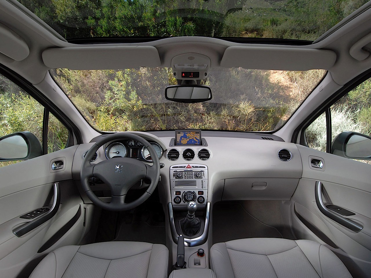 Pics for peugeot 308 2008 interior for Peugeot 2008 interieur