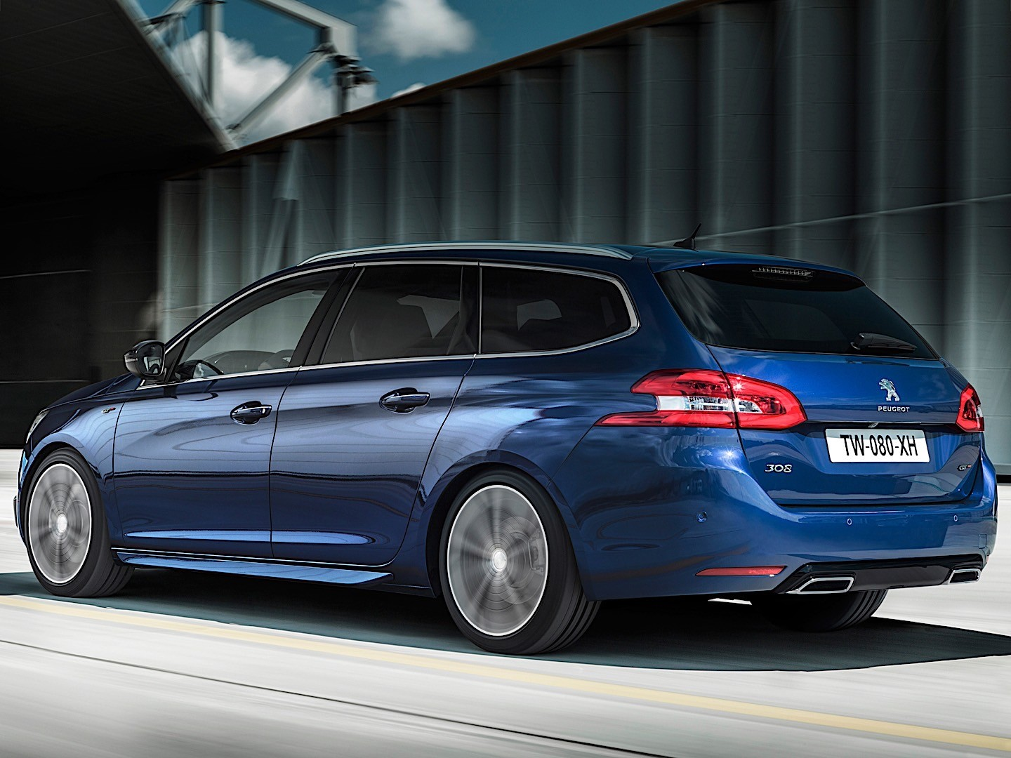 peugeot 308 sw gt specs 2014 2015 2016 2017 autoevolution. Black Bedroom Furniture Sets. Home Design Ideas