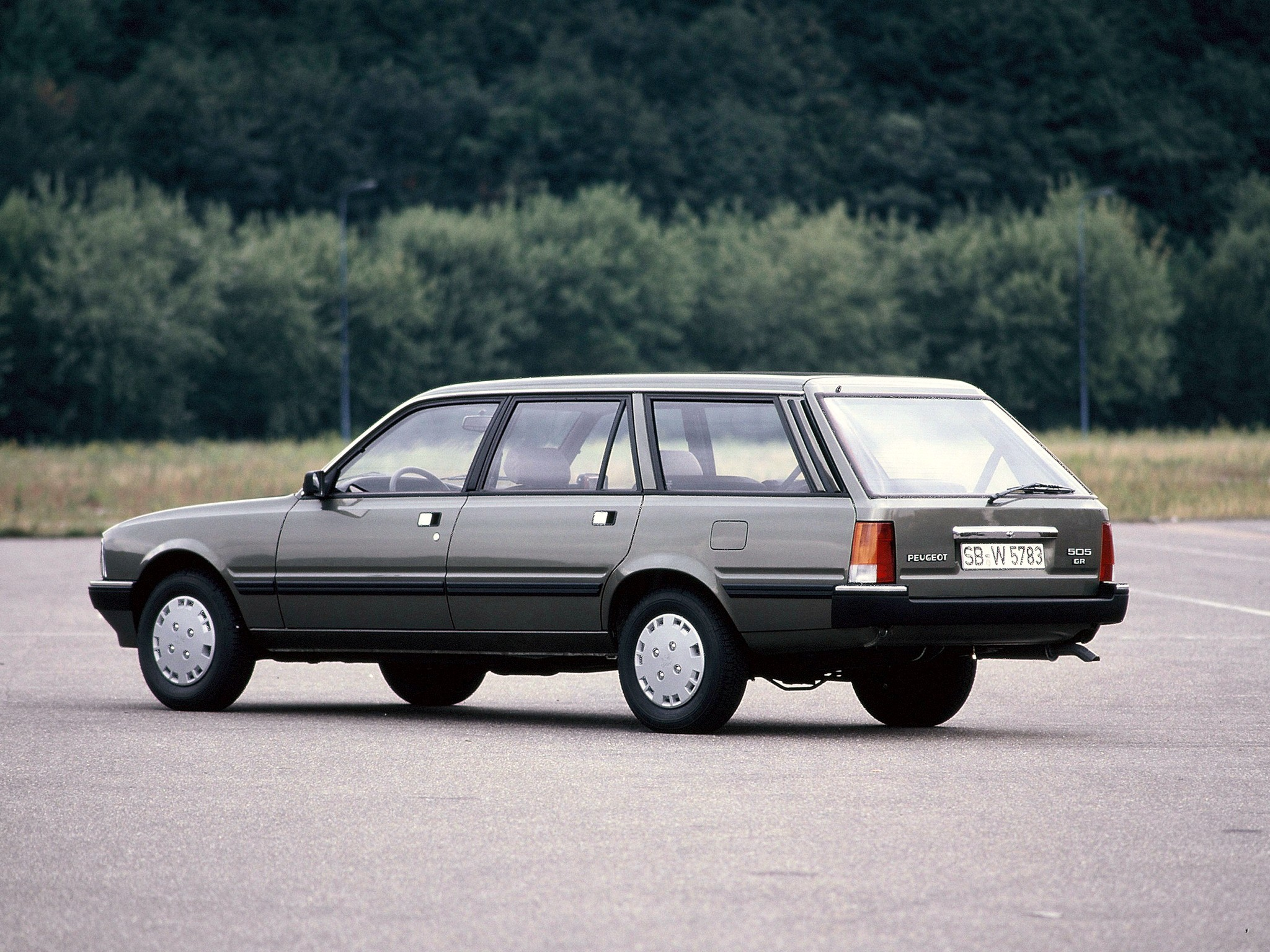 Peugeot 505 2.2 1988 | Auto images and Specification