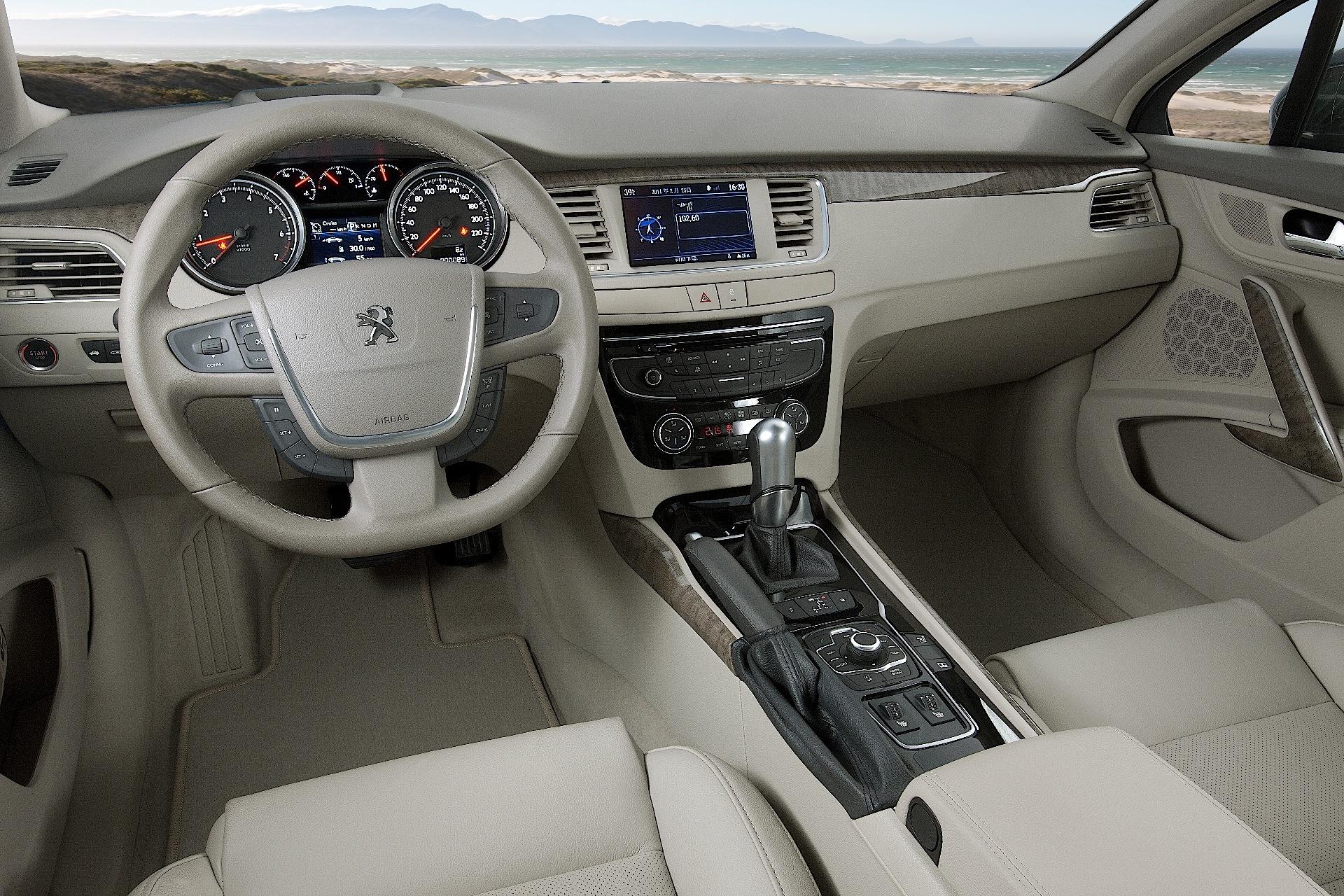Peugeot 508 2014 interior for Interior 508 peugeot
